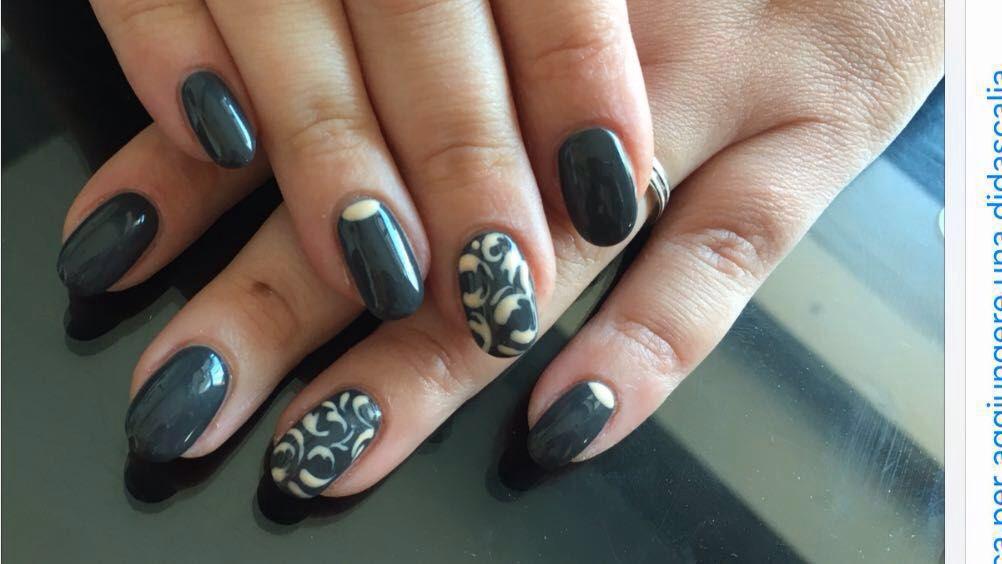 Decorazione unghie vanity