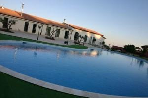 piscina-agriturismo-monticelli-mussomeli